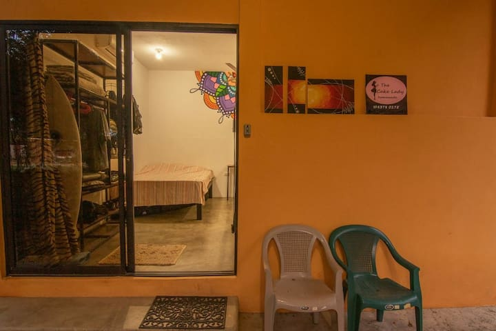 Cozy Studio a step from Guasacate Beach!