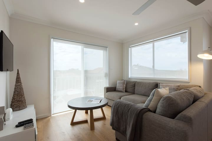 Beautiful apartment really close to beaches. - Matraville - Pis