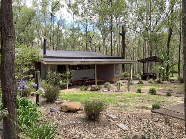 Belford 4 bedroom Bushland cottage - Pokolbin - Casa