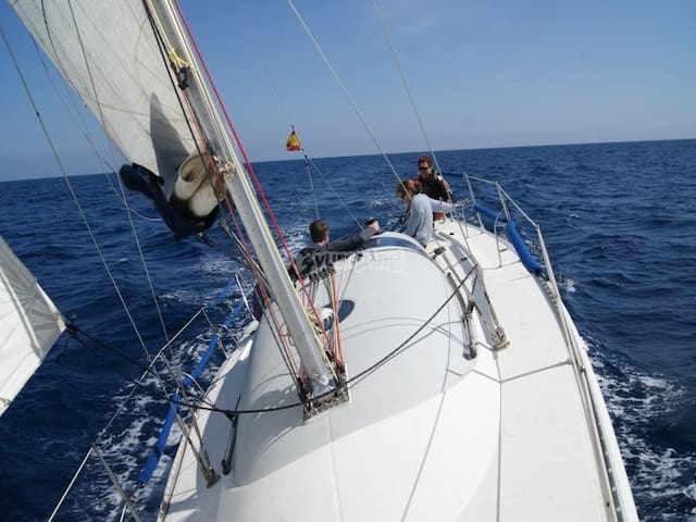 Luxury Yacht - Private Charter Excursions and rent
