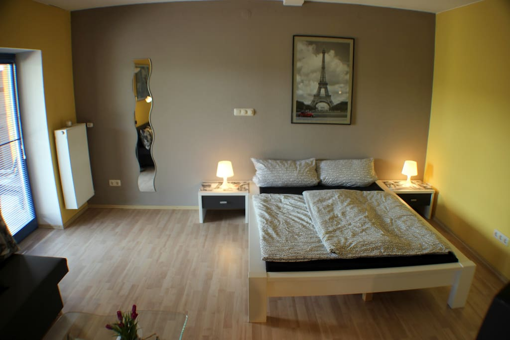 Doppelbett 1,40x2,00m / double bed 1,40x2,00meter