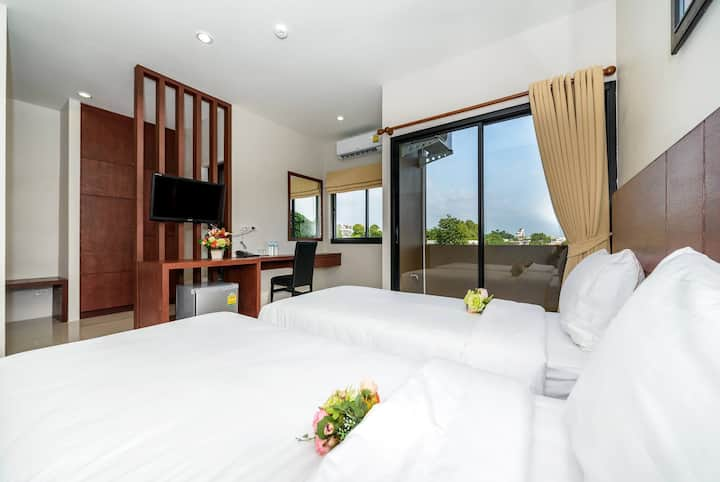 Twin bed apartment in Phuket town