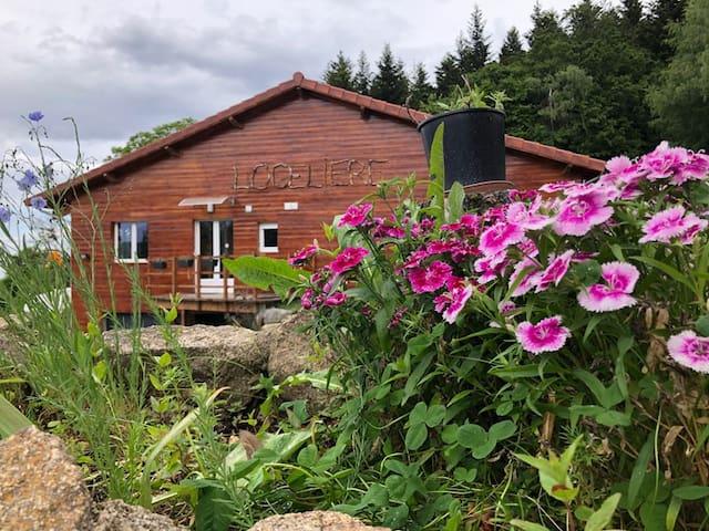 Maison avec piscine couverte nature Pilat Ardèche