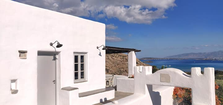 Villa Danai-traditional house,Paros