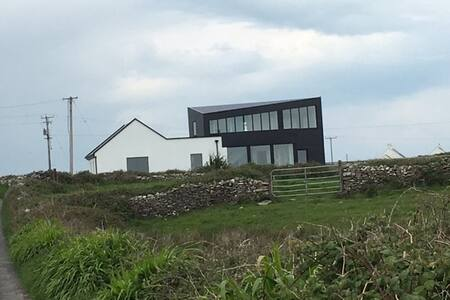 Contemporary Luxury Cottage near Cliffs of Moher - Liscannor - Casa
