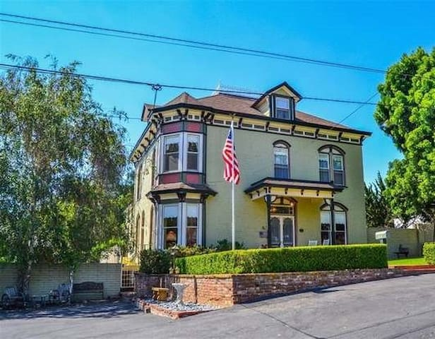 Spacious Charming Remodeled Historic Home