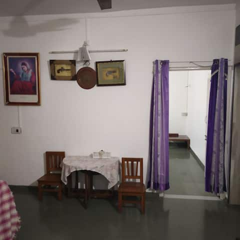 Budget stay Dhanori with High speed Wifi