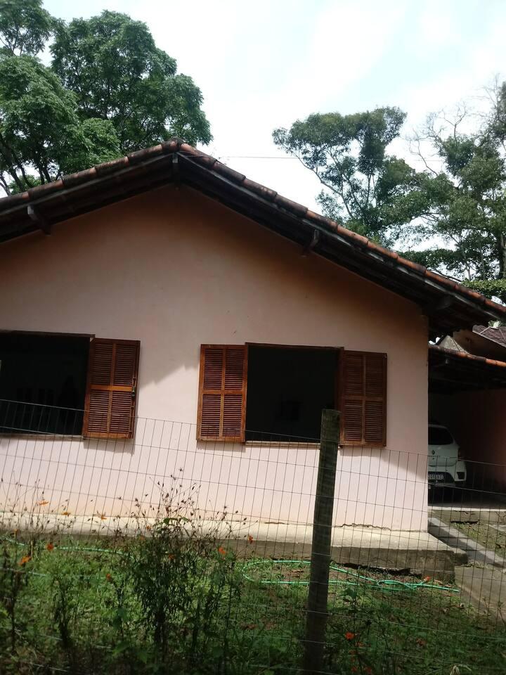 Casa 3 quartos no Arraial do Sana, completa.