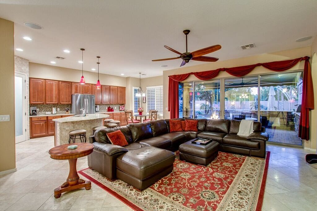Spacious Kitchen, nook and family room
