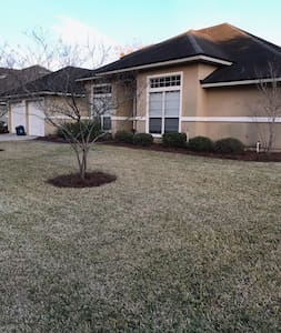 2 rooms in Oak leaf, O.P. - Orange Park - House