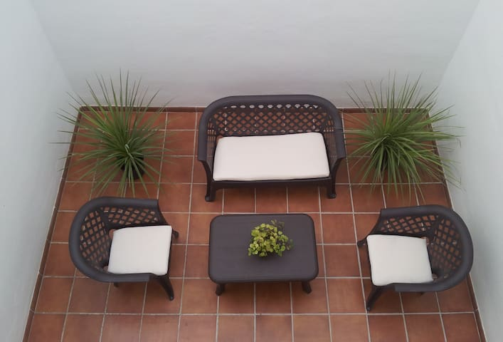San Isidro 44 - Duplex con patio y parking