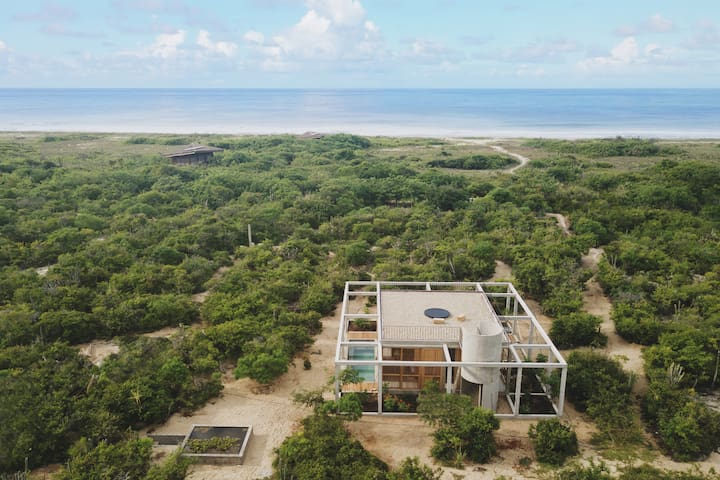 Casa Cosmos, the perfect seaside retreat