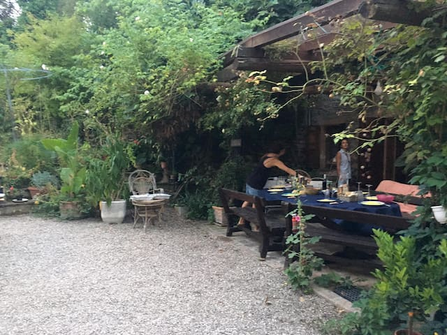 casa di campagna nell'orto botanico di Levizzano - Levizzano Rangone - Villa