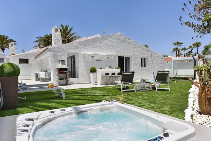 Top Bungalow with Jacuzzi in Playa del Ingles MC