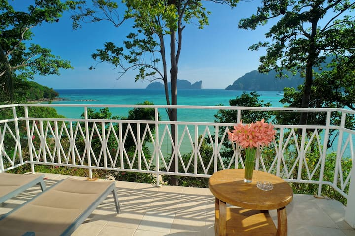 Seafront Villa on Phi Phi!
