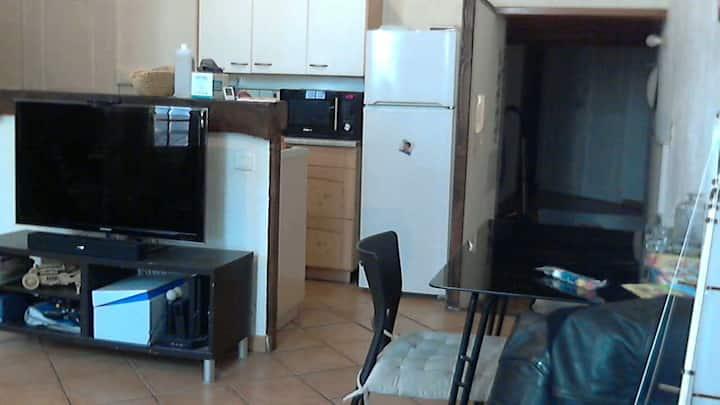 Appartement classique mais il y a du RHUM!