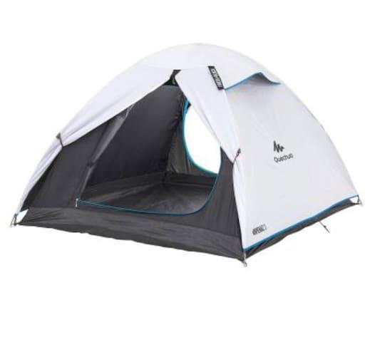 Hämta upp tält med utrustning för vandring!