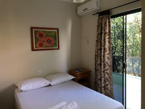 Quarto de casal - Ametista -  Dax Bombinhas Hostel
