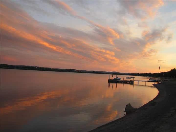 Le Joli chalet au Lac-St-Jean.