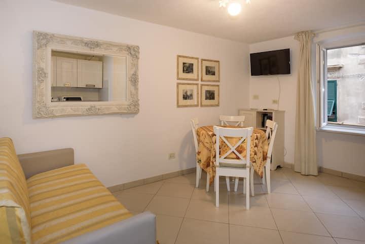 Casa Carla Monterosso 011019-LT-0135