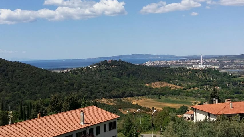 """Casa """"Sonia"""" con giardino e panorama bellissimo - Zona 167 Scarlino - House"""