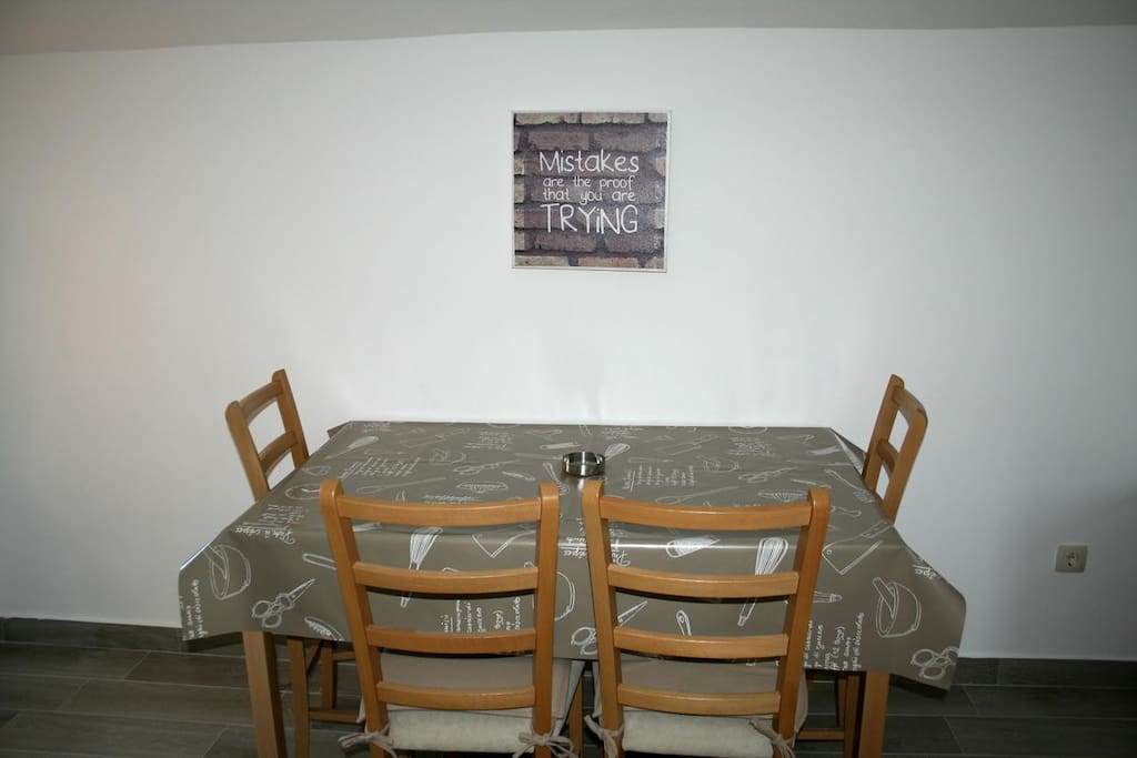 Dining room, Surface: 20 m²