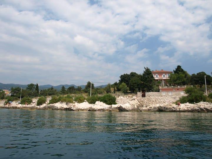 Villa Mica (bigger apartment)