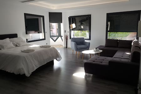 "Apartamento  ""Plasencia Plaza Mayor Luxury"""