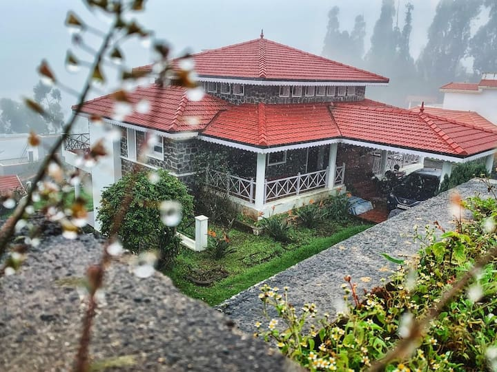 Tranquility Luxury Home Kodai