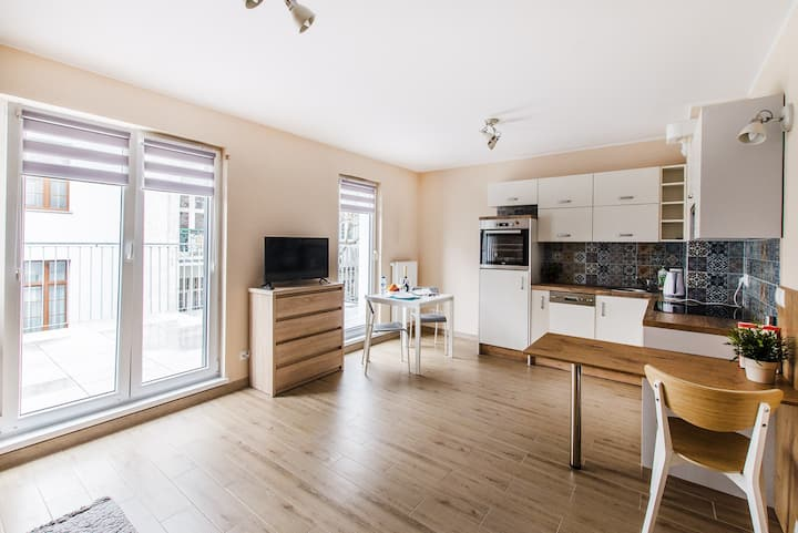 - Orange Studio - Cozy & New Apartment near Rynek.