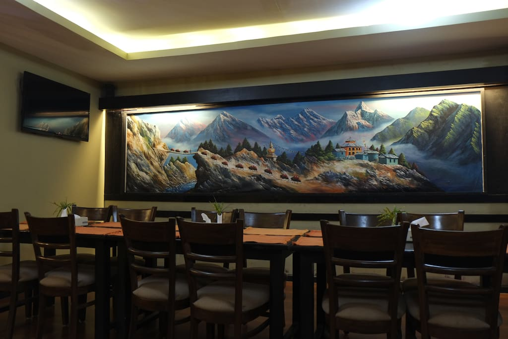 spacious Restaurant that serves mouth watering food and refreshing drinks
