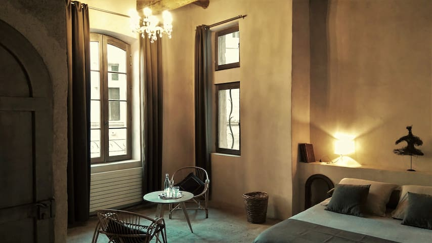 THE 5, medieval charm with contemporary style 32m² - Pézenas