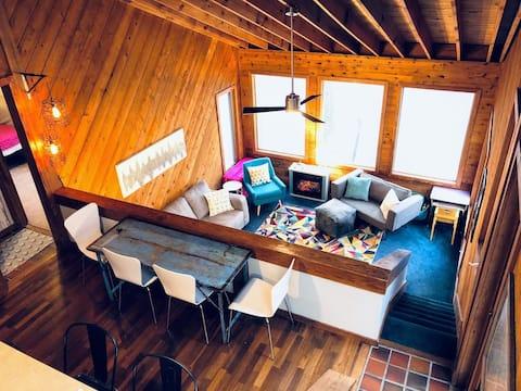 Saltbox at Wintergreen, a Modern Mountain Escape