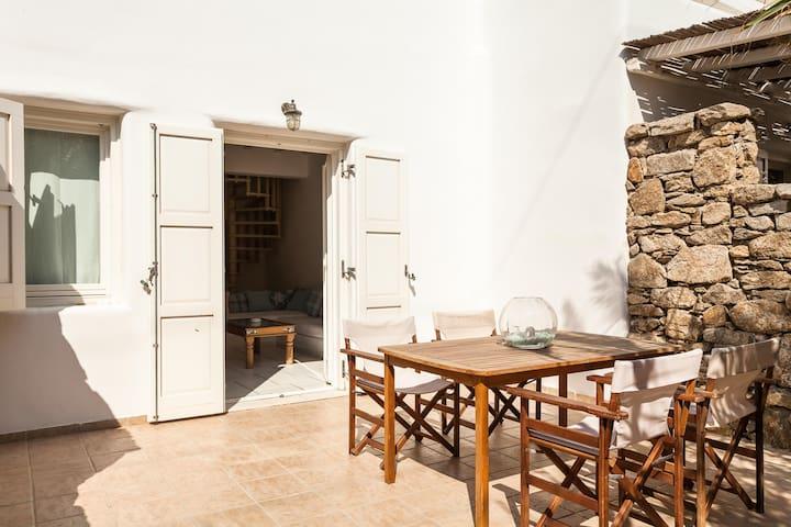 Apartment in Mykonos by the sea - Ornos - Leilighet