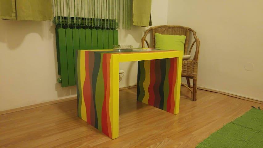 Simple and green double room - Velika Mlaka - House
