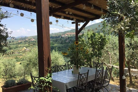 Umbrian Apartment With Panoramic Garden View - Paciano