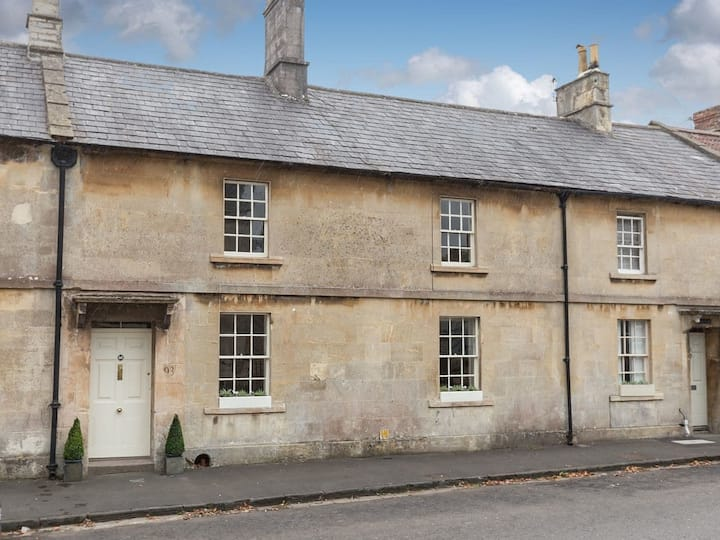Candlemakers Cottage (UKC3761)