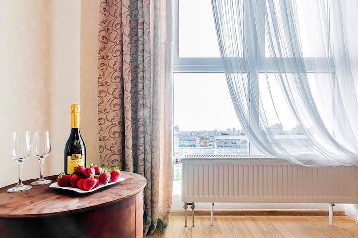 Стильные апартаменты на Красной в ЖК,,Большом ''