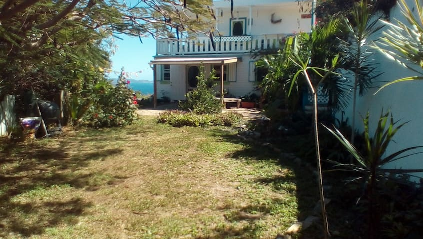 Gypsy Haven HideAway - Coral Bay - Appartement