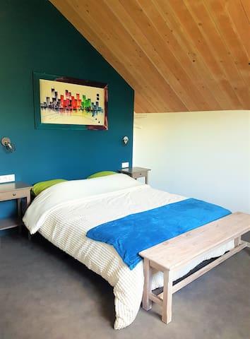 Agathe et Titi chambre bleue