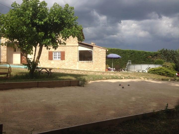 Villa avec jardin de 5000 m2 dans le Luberon