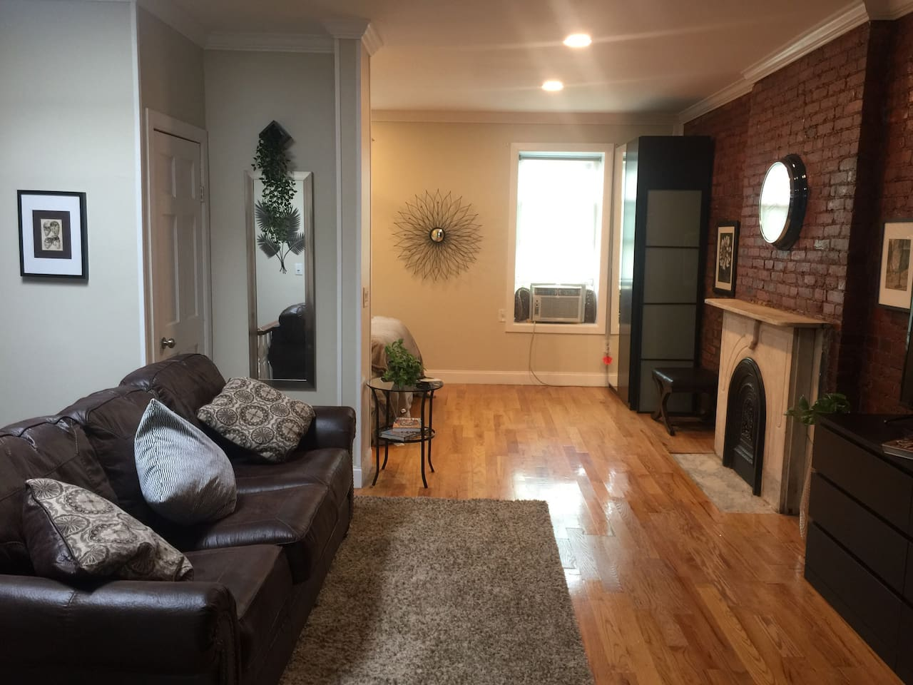 Newly Renovated, Pretty, Quaint Apartment