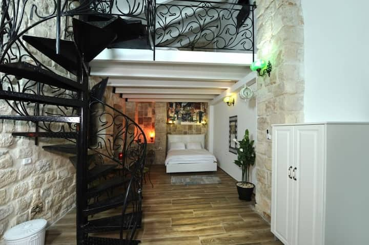 Heart Mansion Rashbi compound-Familiy suite