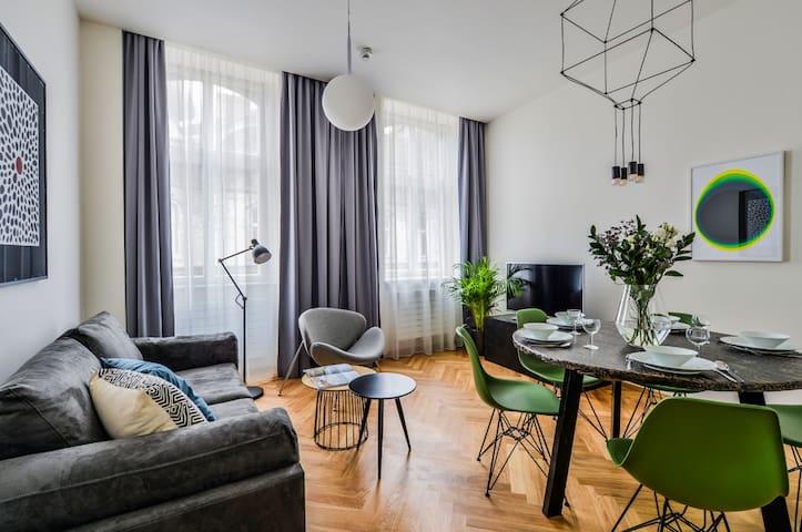 Rhodonite Apartment
