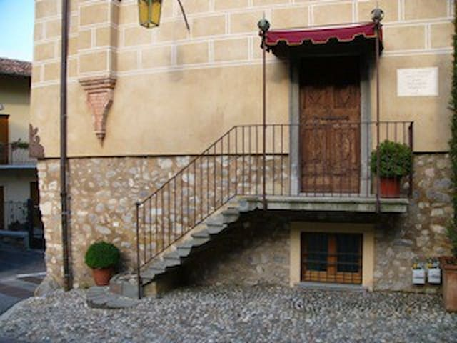 Apt in centro storico nel cuore della Franciacorta - Colombaro