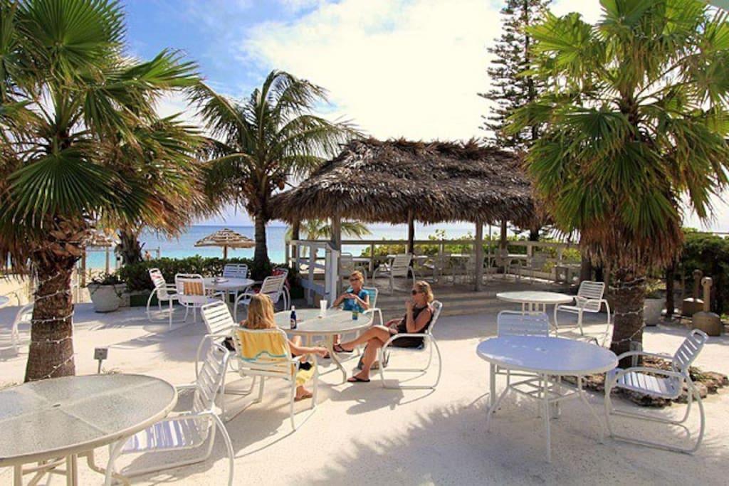 Pool Side Bar Lounge