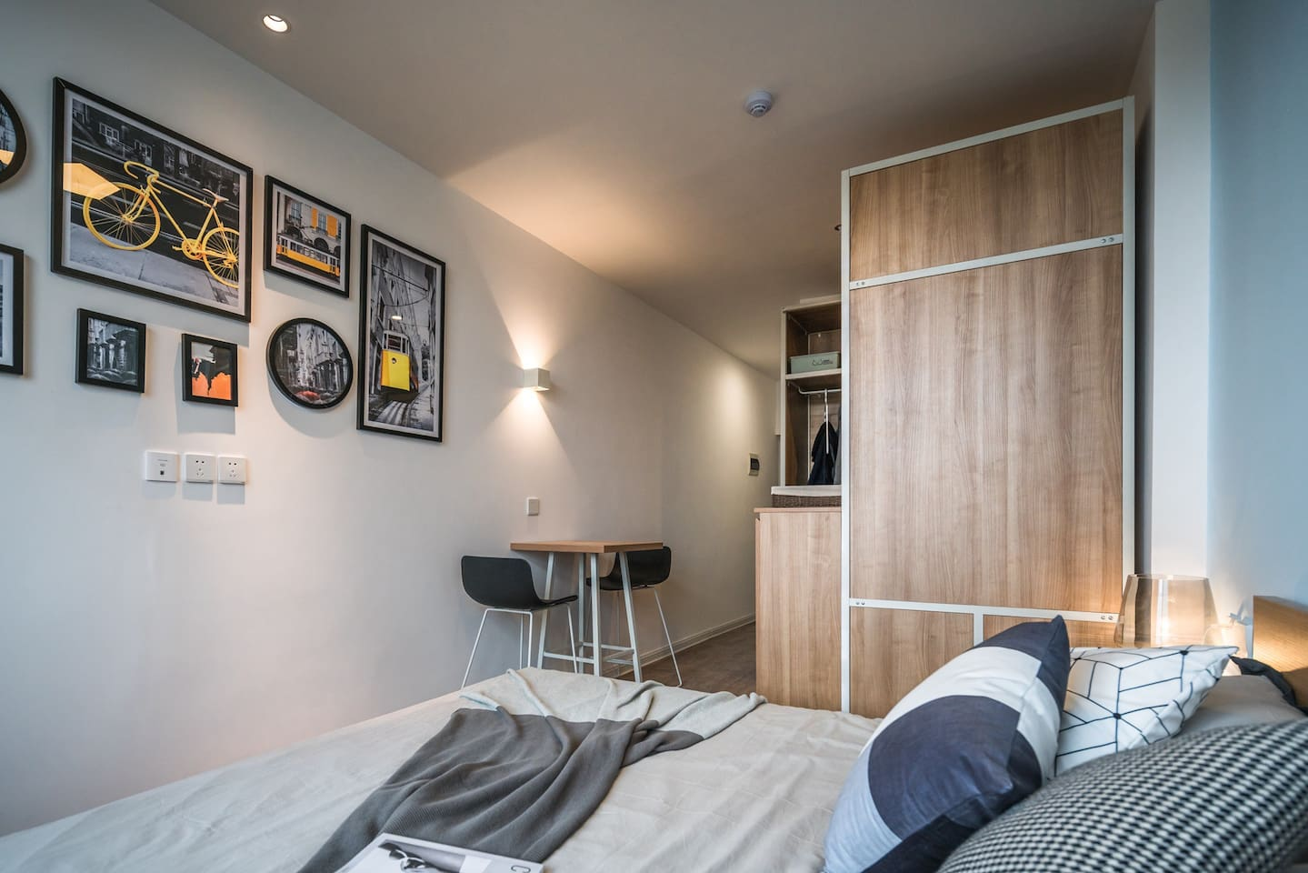 房源为单独的公寓,简约的北欧装饰风格。