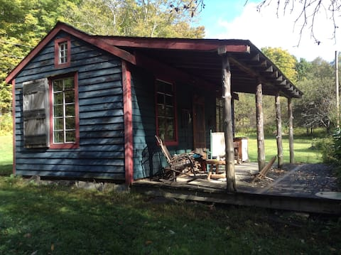 Far from the Madding Crowd Cozy Cabin Retreat