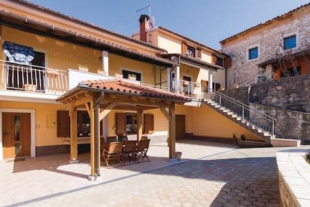 3 Bedrooms Apts in Rovinjsko Selo #3 - Rovinjsko Selo