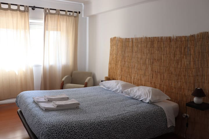 How I Met Porto GuestHouse R2